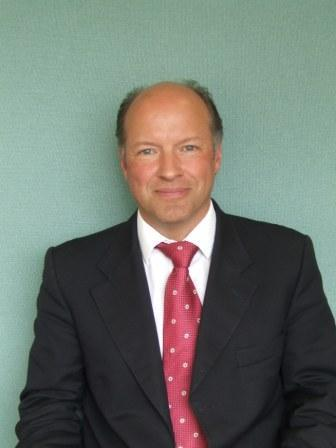 Dr_Arnold.JPG